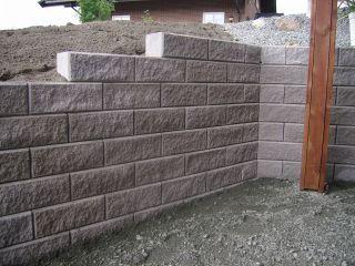 Billig stein til støttemur